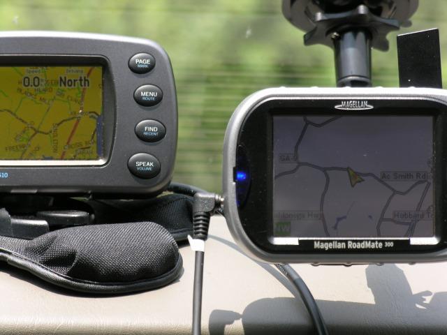 GPS Car Navigator screen Comparisons