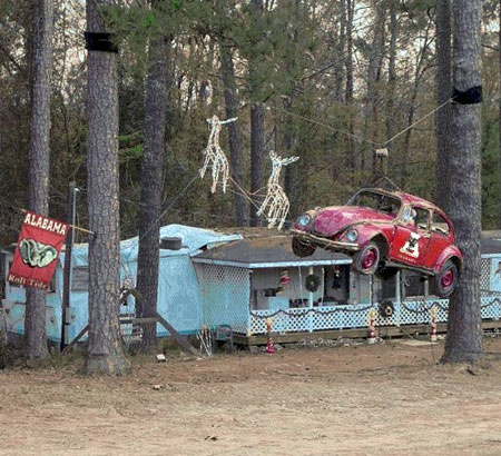 Redneck Outdoor Christmas Decorations